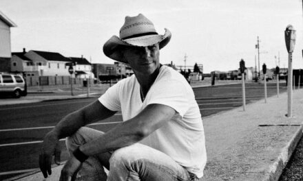 Watch: Kenny Chesney premieres 'American Kids' music video