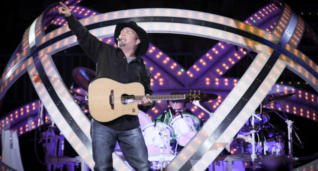 Garth Brooks breaks Saskatchewan record