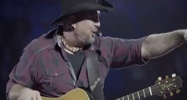 Garth Brooks in Bossier City