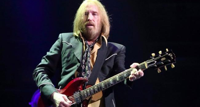 Tom Petty And The Heartbreakers - Something In The Air
