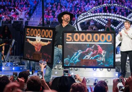#Garth5Million