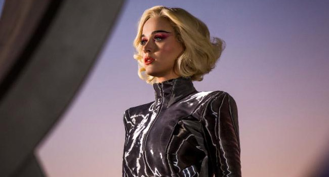 Katy Perry - Chained To The Rhythm Video