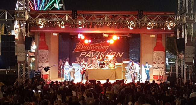 Hinder plays to small enthusiastic crowd in Bakersfield | The Music