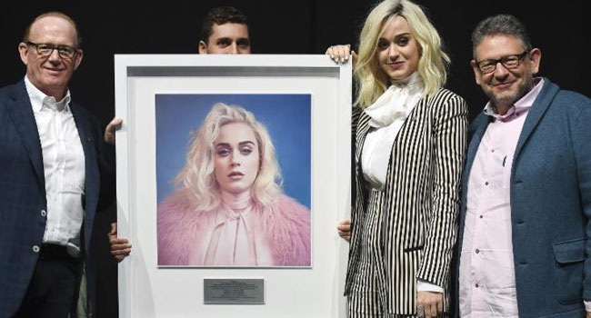 Katy Perry honored for global sales