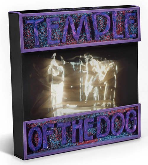 temple of the dog members reunite for first time ever the music universe. Black Bedroom Furniture Sets. Home Design Ideas