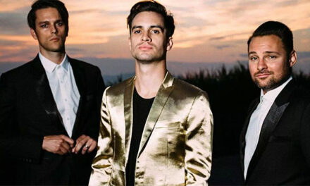Panic at the Disco honoring Queen at AMAs