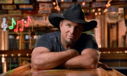 Garth Brooks breaks new country record