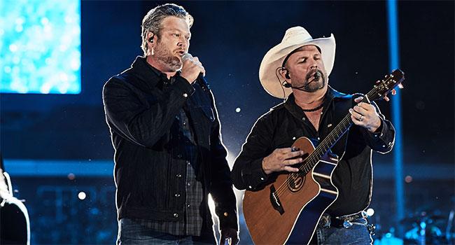 Garth Brooks & Blake Shelton
