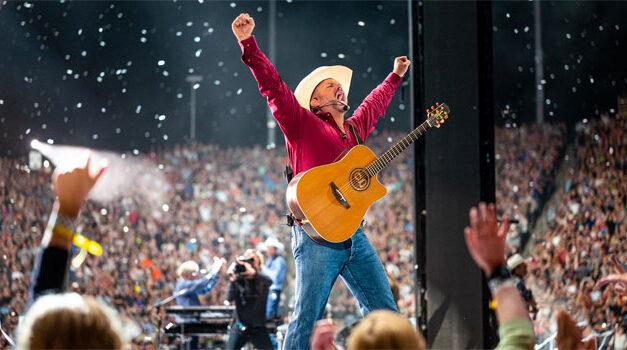 Garth Brooks sells out Kansas City Stadium Tour stop