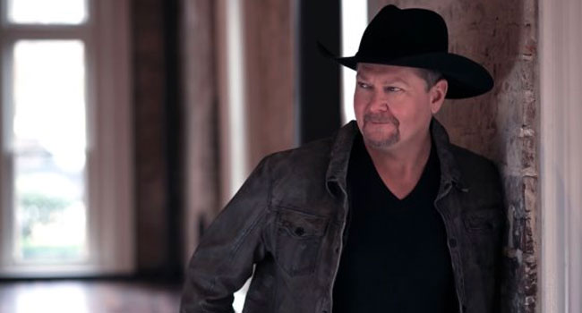 Tracy Lawrence unveils first-ever livestream