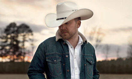 Justin Moore announces 'Straight Outta The Country'