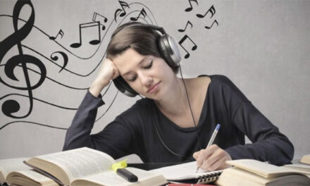 Disadvantages of listening to music while studying