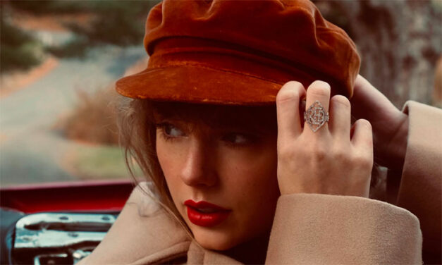 Taylor Swift announces 'Red Taylor's Version'