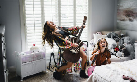 Tenille Townes shares empowering 'Girl Who Didn't Care' video